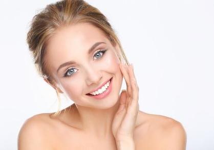 Como fazer para que seu rosto possa lustrar-se e destacar-se em um casting?