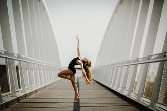 Procuramos raparigas que dancem ballet entre os 13 e os 16 anos para projecto TV