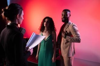 Procuramos atores e atrizes de origem inglesa entre os 25 e os 40 anos para teatro virtual em Lisboa