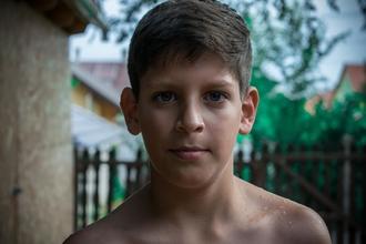 Procura-se rapaz entre os 8-12 anos para vídeo publicitário