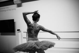 Procuramos bailarinos e bailarinas com experiência para produção de dança em Montijo