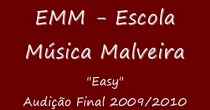 Easy  by Márcia Esteves